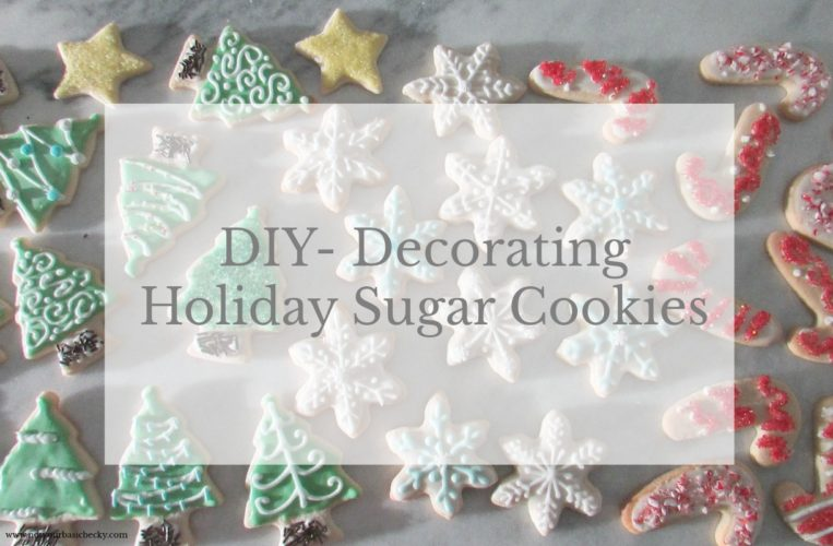 DIY – Decorating Holiday Sugar Cookies – Candy Canes, Christmas Trees & Snow flakes